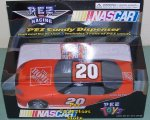 Tony Stewart Home Depot Pull n Go Action Nascar Racing Car Pez