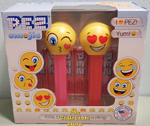 Kissing and Love Emoji Pez Twin Pack
