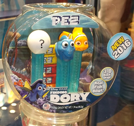 Finding Dory Pez Fish Bowl Gift Set