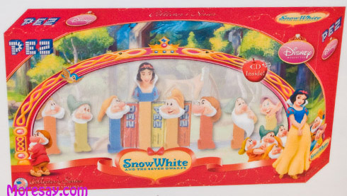 Snow White and the 7 Dwarfs Pez set