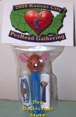 KC Roo Dispenser with Candy Packs and Header Card