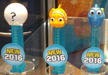 Finding Dory Pez Set with Crystal Stems