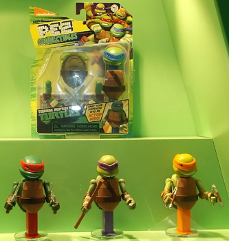 Teenage Mutant Ninja Turtles Connectible Pez with Body Parts