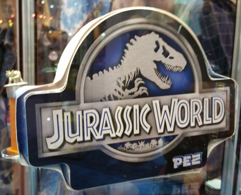 Jurassic World Gift Tin Back