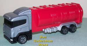 Eurotransporter Tanker Truck with big scoop