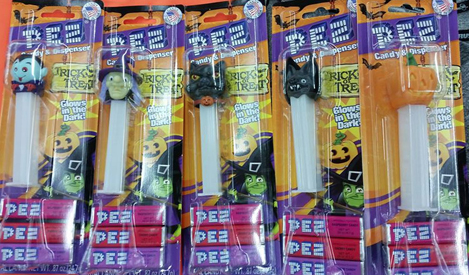 Glow in the Dark Stem Halloween Pez Set
